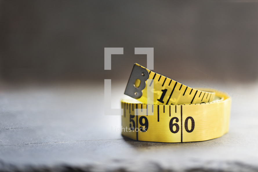 measuring tape rolled up
