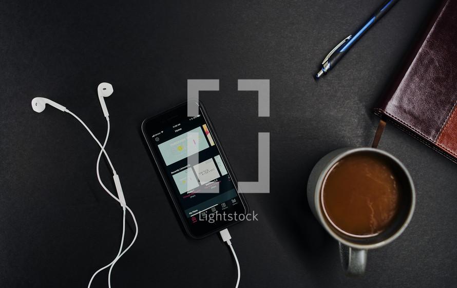 Bible study resources: bible, dwell bible app,    — Photo — Lightstock