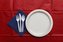 paper plate and napkin place setting