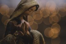 praying figurine of Mary