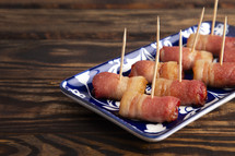 Traditional British Pigs in the Blanket with Toothpicks