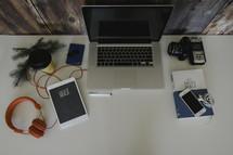photo editing, camera, lens, winter, blog, headphones, iPad, Holy Bible, laptop, journal, coffee cup, pine boughs
