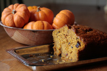 pumpkins and pumpkin bread