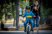 learning to ride a bike without training wheels