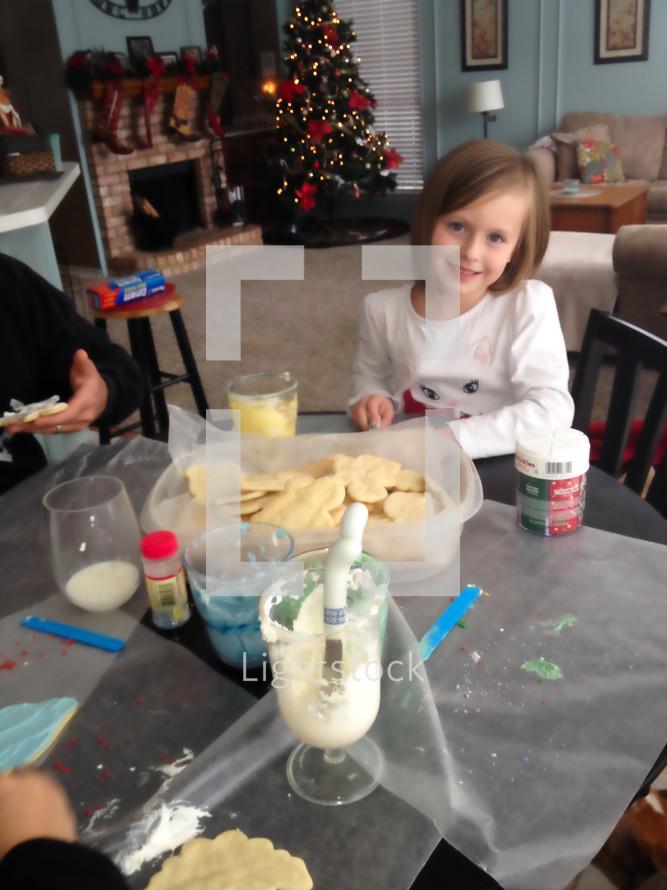 icing Christmas sugar cookies