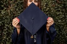 female graduate of 2020