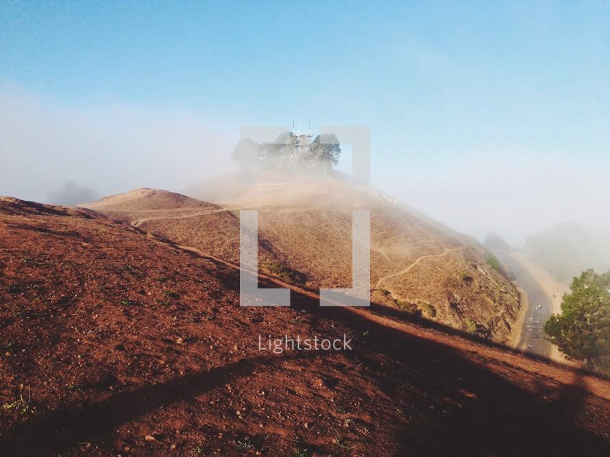 fog and mountain peaks