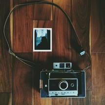 An antique polaroid camera