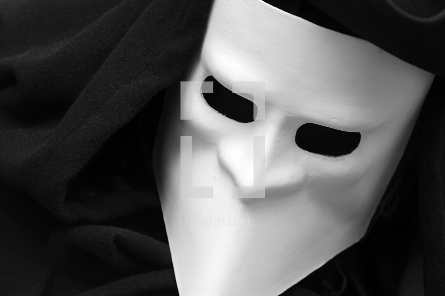 Black and white mardi gras mask