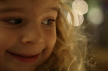 face of a little girl at Christmas