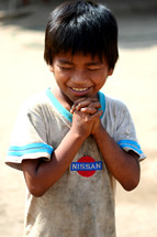 boy child praying