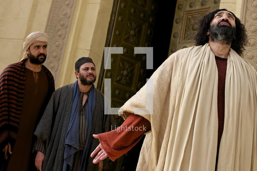 Jesus standing at the temple doors
