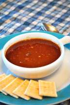 Chili and crackers, lunch for a cold day.