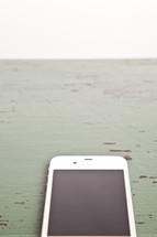 blank cellphone screen