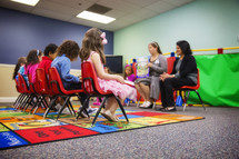 kids praying in Sunday School