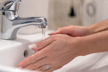 hand washing in a sink