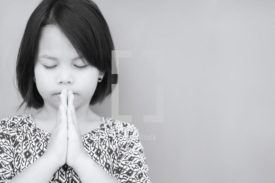 praying girl