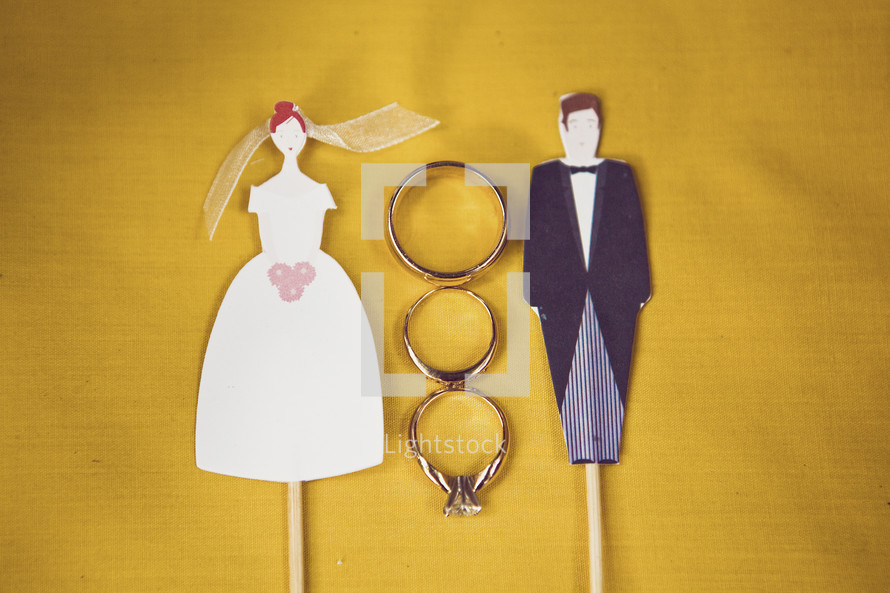 wedding rings - bride and groom stick figures