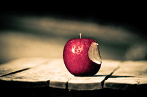bite out of an apple, temptation