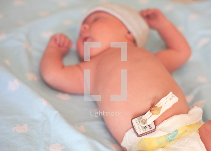 newborn, baby, infant, feet, hospital bracelets, diapers, umbilical cord clamp