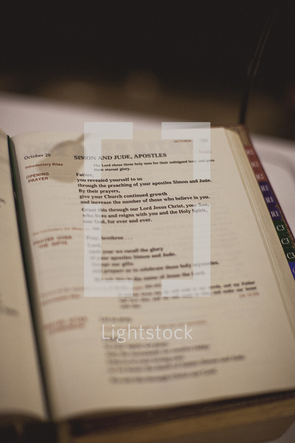 An open lectionary