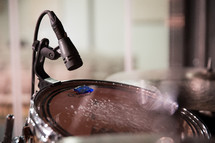 microphone over a drum