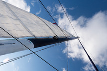 sails and mast on a sailboat
