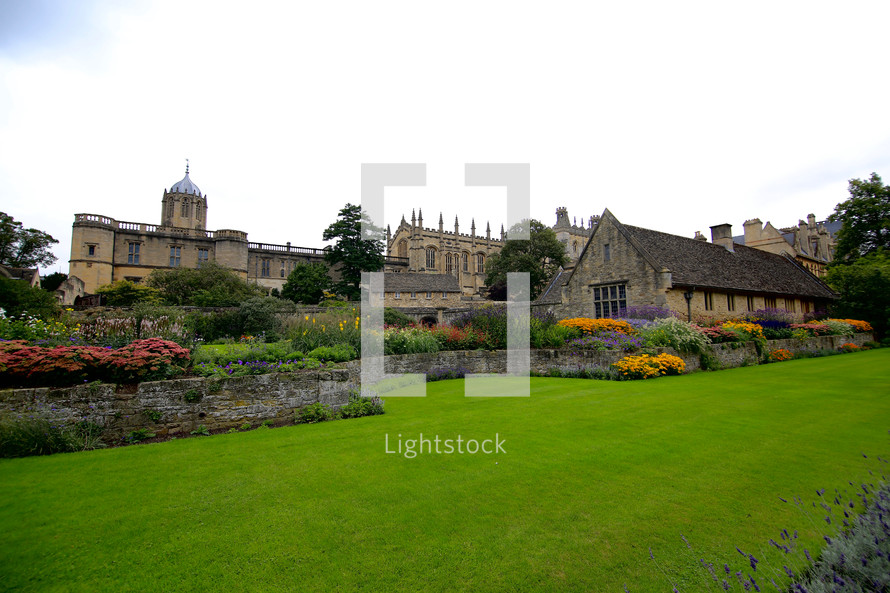 floral gardens surrounding Oxford