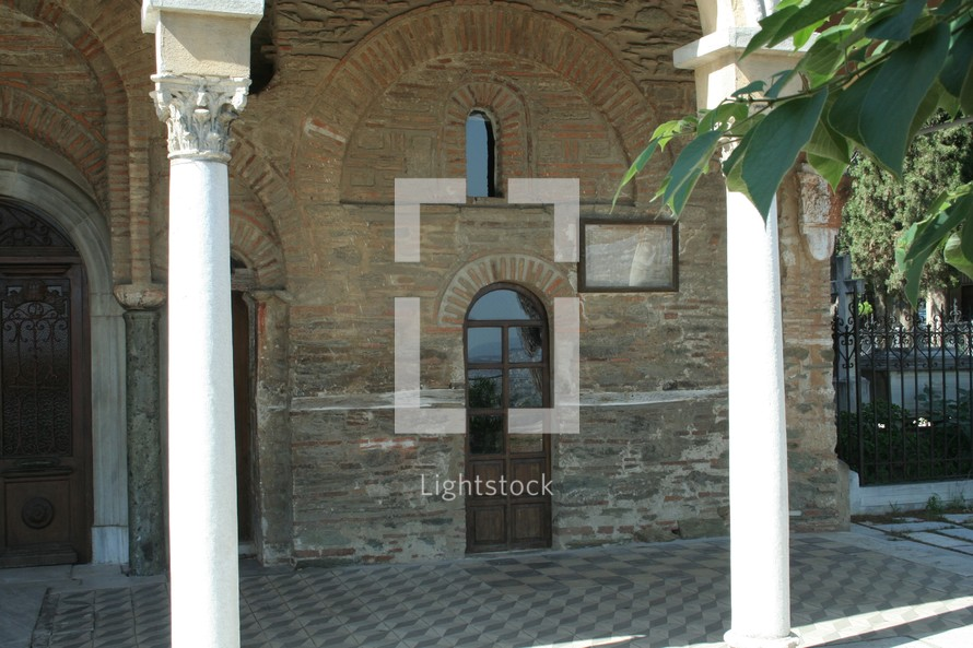 Historic Vlatadon Monastery in Thessalonica is built on the legendary location where Paul first visited and preached while visiting the city in Acts 17. Built in the 14th century, it remains today as a monastery.