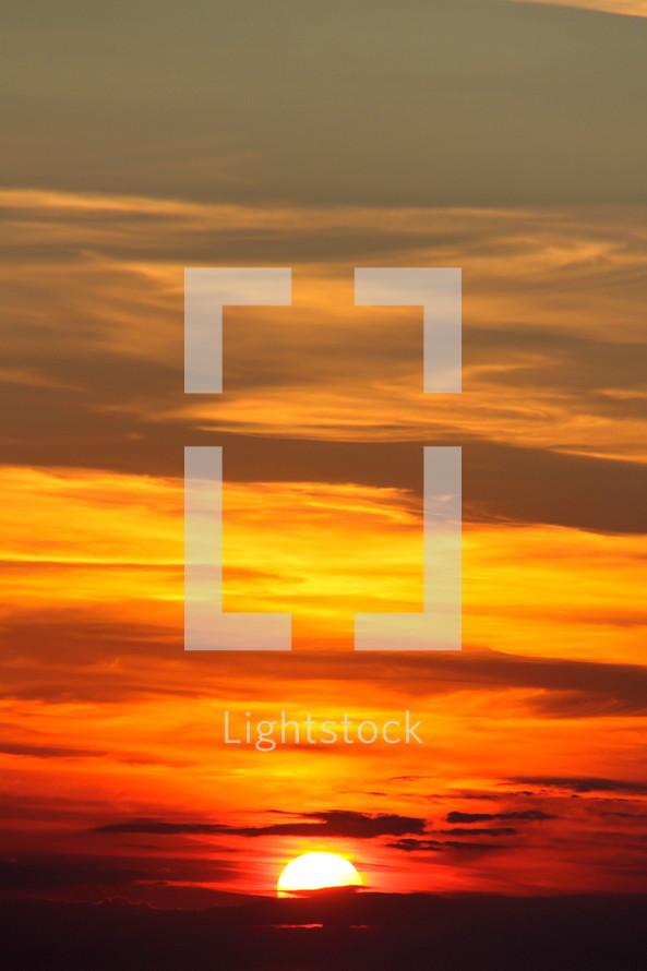 Golden morning sunrise at dawn