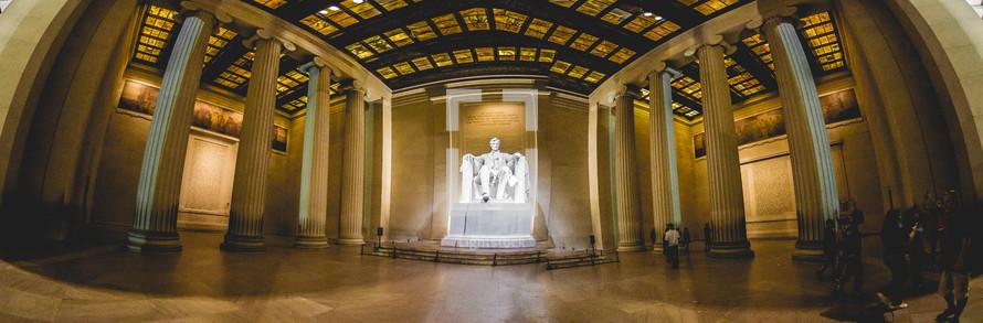 interior of the Lincoln Memorial