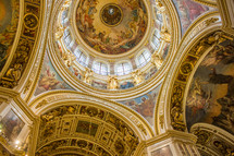 ornate dome and ceiling