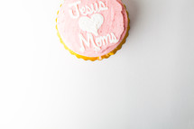 Jesus loves moms cupcake