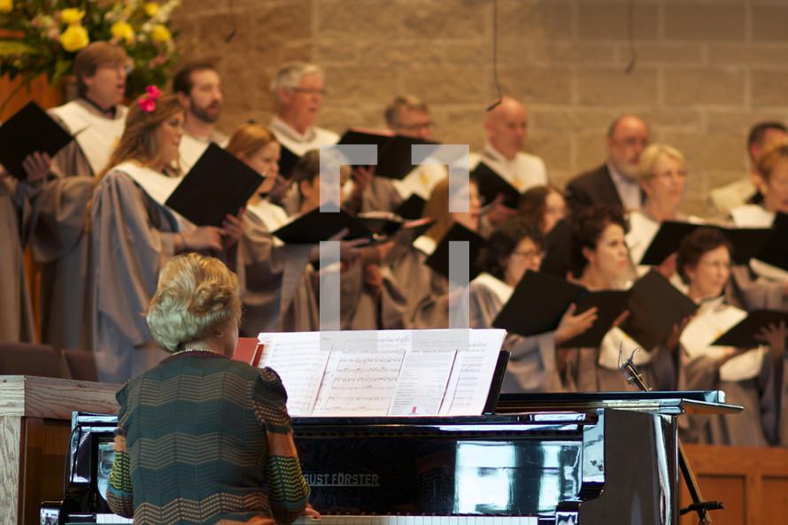 Pianist with a choir.