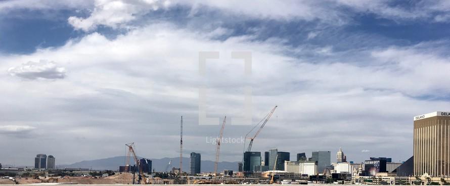 Construction of Raider's stadium in Las Vegas
