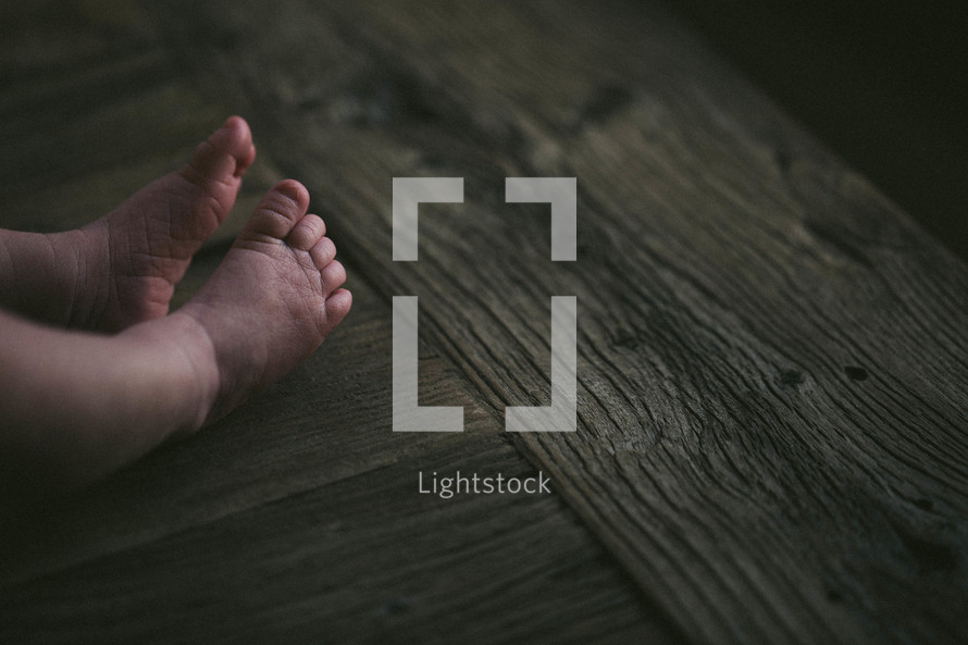 feet of an infant