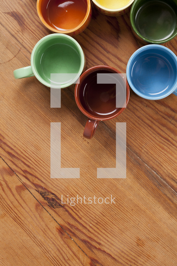 empty coffee mugs in a circle