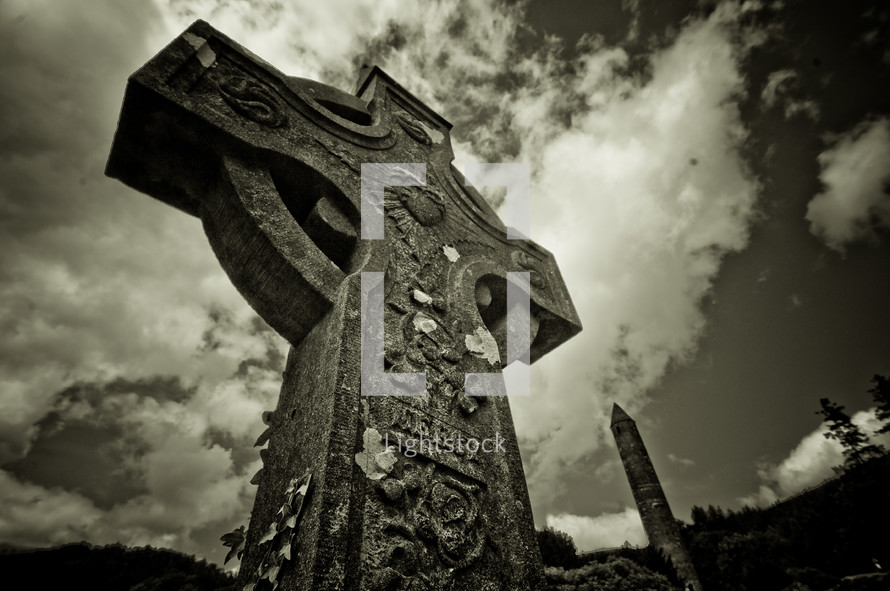 Celtic cross tomb stone