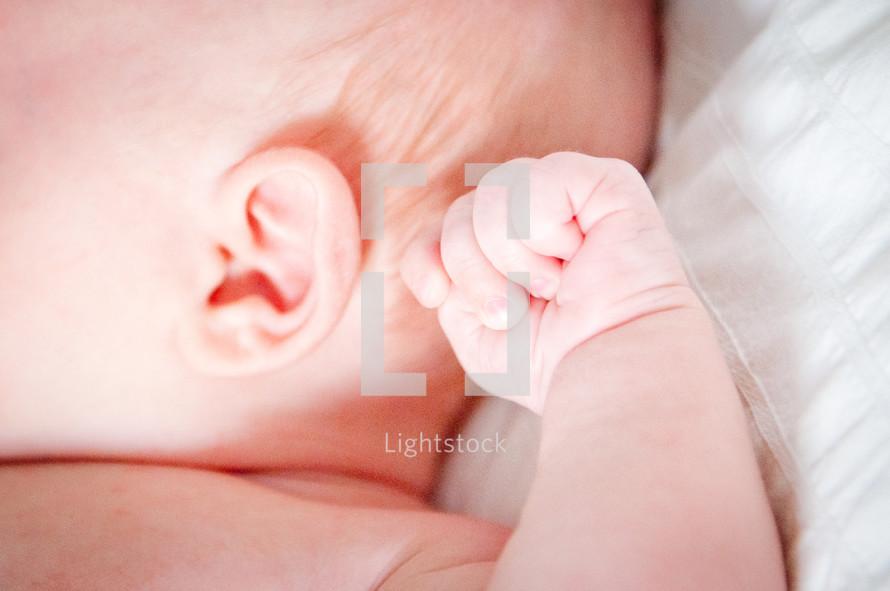 newborns fist