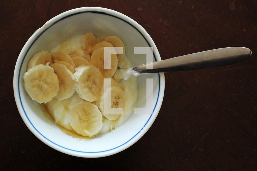 yogurt and bananas