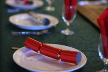place settings, wedding reception, Christmas party, Christmas, poppers