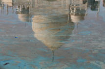 reflection of the Taj Mahal in water