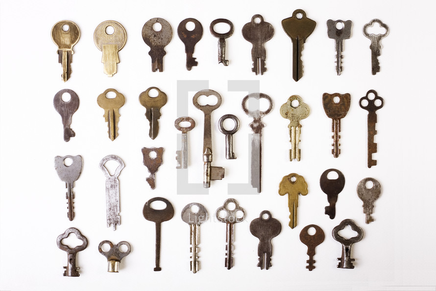 Different types of keys — Photo by rdegrie