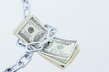 chain around cash
