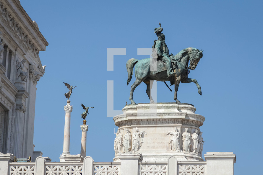 solder on a horse statue in Rome