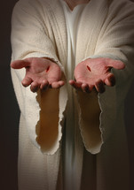 wounds on the hands of Christ