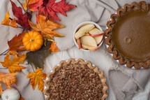 baking fall pies