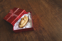 baby jesus figurine in a gift box