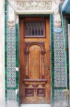 grand wood door