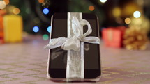 smartphone gift at Christmas
